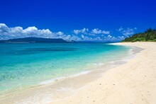 沖縄県・水納島の風景