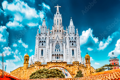 Temple on top of Mount Tibidabo, the Temple of the Sacred Heart Fototapet