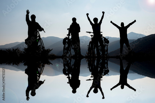 team spirit and healthy cyclist team that succeeds together Fototapet