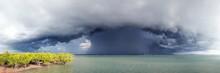 Shelf Cloud Over Darwin Harbou...