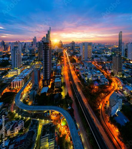 View point of Bangkok city with chao phraya river Fototapet