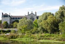 Les Marais De Bourges - Couvent De La Charité