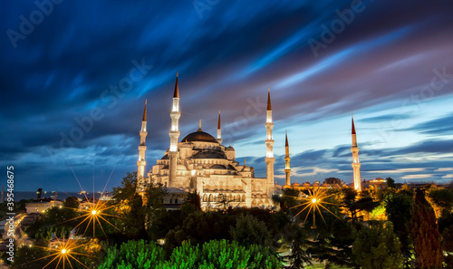 Tela Blue Mosque of Istanbul, also known as the Sultan Ahmet Camii (or Sultan Ahmed M