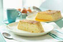 Flan De Huevo Y Leche (Spanish Egg Pudding)