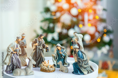 Obraz na plátně Christmas nativity scene; Jesus Christ, Mary and Joseph