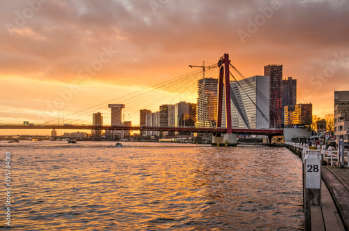 Vászonkép Rotterdam, The Netherlands, November 5, 2020: spectacular sky at sunset over Wil