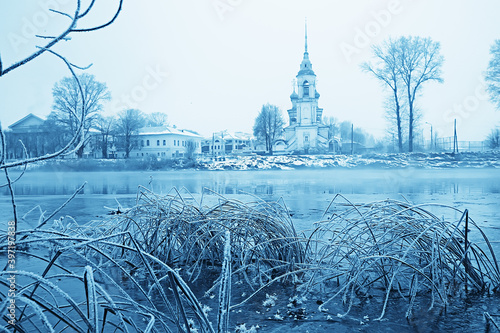 winter landscape church on the banks of the freezing river in vologda, christian Billede på lærred