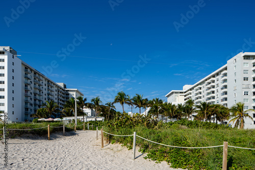 Canvas Print Beachside photo Miami Beach hotels and dunes