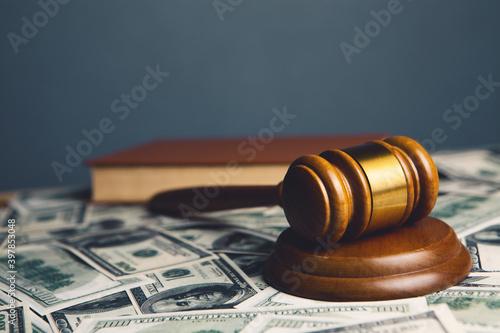 Stampa su Tela Judge gavel, dollars for business, finance, corruption, money, financial crimes