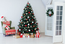 Christmas Tree With Gifts Decor Garland Interior New Year
