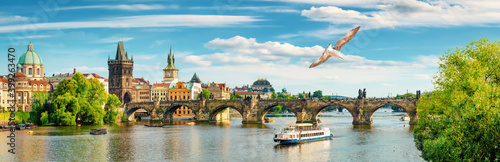 Tourist boat in Prague Fototapet