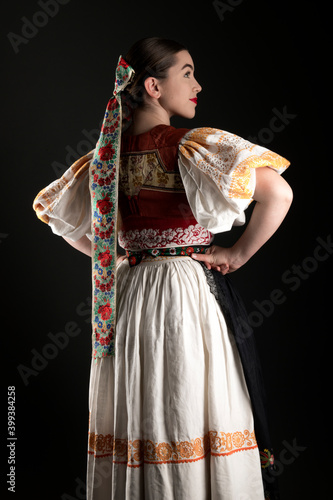 Canvas-taulu Young beautiful slovak woman in traditional dress