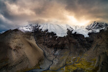 The Tibetan KaRe Glaciers