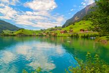 Lungernsee Im Sommer, Schweiz