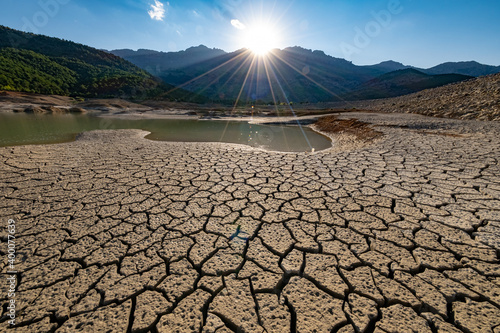 Canvas Print environmental problems, drought, desertification, thirst, pollution of our land