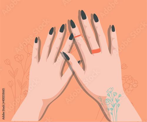 Fotografija Women's well-groomed hands with trendy manicure