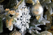 Snowflake Ornament For Christmas Decoration