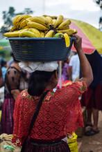 Vendedora De Bananos