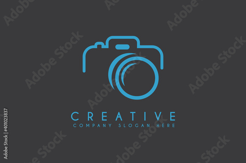 camera icon vector illustration. camera photograph logo isolated on dark background