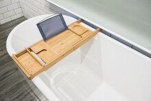 Wood Bathtub Candy Try With Extandable Side Holders.