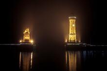 Hafeneinfahrt Von Lindau Bodensee Bei Nacht Mit Beleuchtung