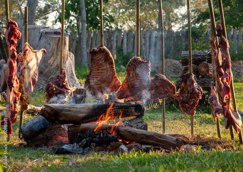 Photo Asado tradicional a la estaca
