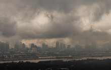 Bangkok, Thailand - Oct 16, 2020 : PM 2.5 Or Heavy Smog Was Covered The Bangkok Building The Morning.There Are Air Pollution Under Heavy Cloud. Focus And Blur.