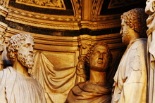 Florence's Outdoor Art: Statues Of The Piazza Della Signoria