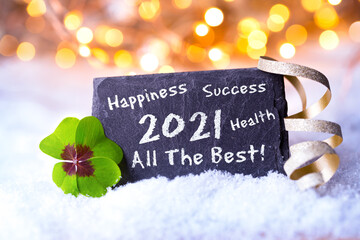 Panel Szklany Siatkówka Frohes Neues Jahr 2021 - Karte zum Neujahr mit Glückwünschen auf englisch- Gesundheit, Glück, Erfolg, Alles Gute - Schild im Schnee