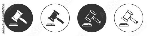 Valokuvatapetti Black Judge gavel icon isolated on white background