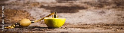 Obraz Primo piano profumo al bergamotto  - fototapety do salonu