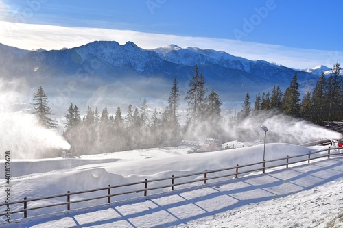 armatki śnieżne, naśnieżanie stoków narciarskich w Zakopanem, Tatry góry w Polsce