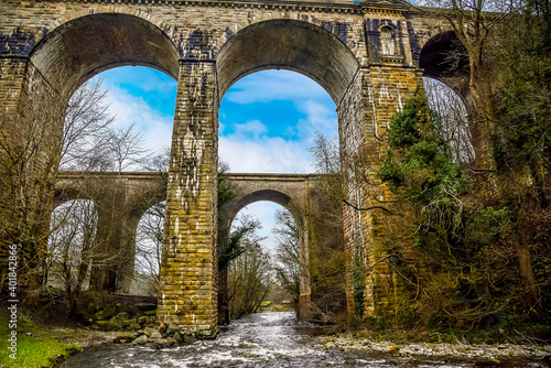 The River Ceiriog flowing through the aqueduct and the railway viaduct at Chirk, Fototapete
