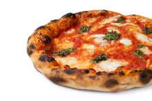 Pizza Margherita Napoletana Verace Con Mozzarella Di Bufala, Pomodoro E Basilico, Cibo Italiano