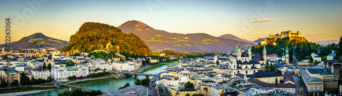 Fototapeta famous old town of Salzburg in Austria