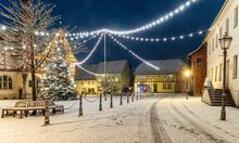 Winterstimmung Weihnachtlich Rathaus Harzgerode