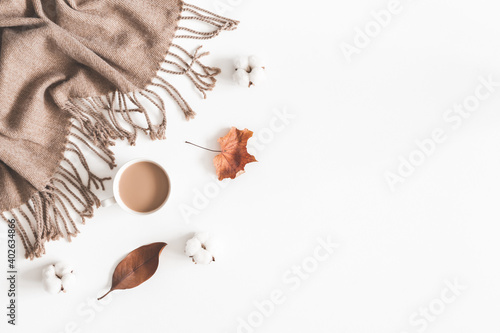 Fotografiet Beautiful Flatlay with White background tea and leaf
