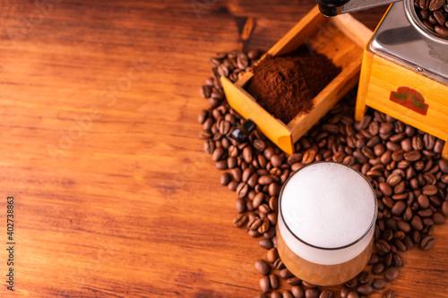 Stampa su Tela Fresh cafe for refresh caffeine white cup roasted organic coffee bean farm in vi
