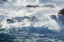 L'océan Et La Tempête