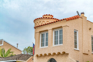 Beautiful house in Long Beach California with textured wall and roof tiles