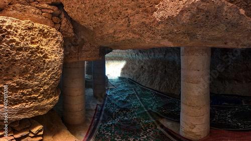 Fotografie, Obraz underground sultan epe necropolis in Kazakhstan