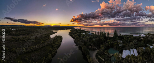 Byron Bay Sunset Wetlands Fototapete