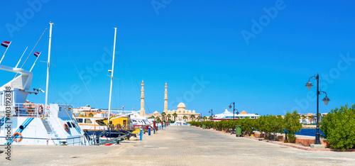 Fototapeta Marina, the tourist oasis in Hurghada, Egypt