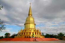 Golden Buddha's Relics At Buddha Wanaram Temple In Maha Sarakham Thailand. (Wang Nam Yen Temple)