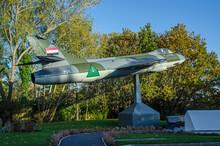 Hawker Hunter Fighter Jet, Basingstoke