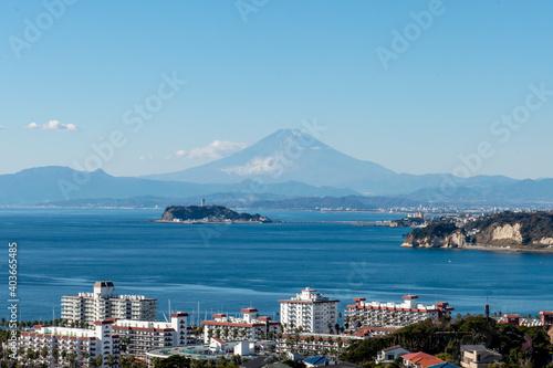 Papel de parede 富士山と海と江ノ島 神奈川県逗子市披露山公園からの眺め