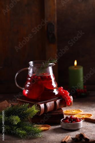 Fototapeta red berry tea with cinnamon and orange obraz