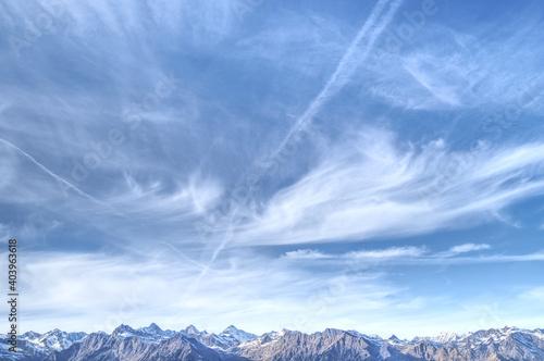 Obraz na plátně Beautiful shot of the mountain ridge of the Italian alps