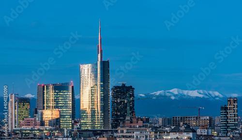 Fototapeta premium Skyscrapers Against Blue Sky