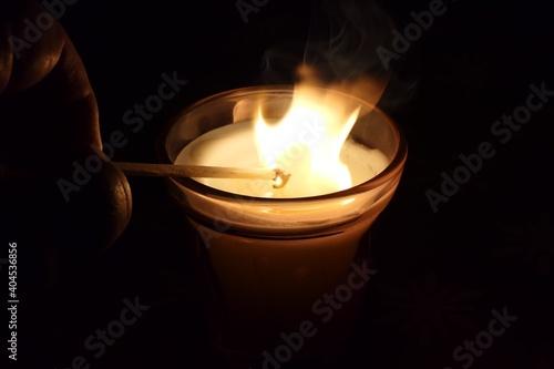 Cuadros en Lienzo Entzünde ein Licht